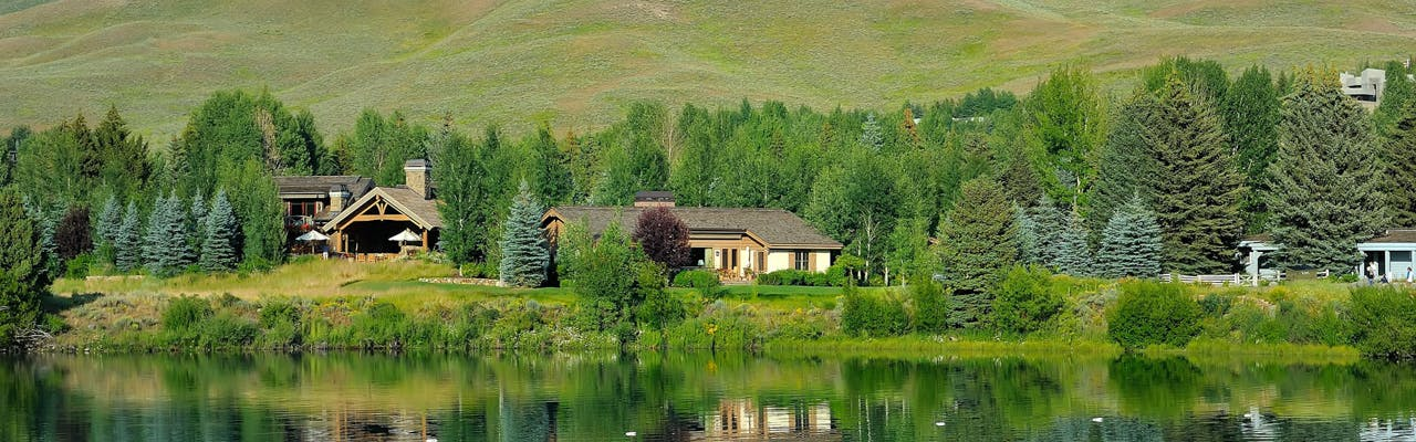 About High Country Resort Properties by Natural Retreats